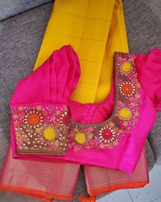 Blouse Back Neck Designs, Bridal Blouse Designs, Indian Blouse, Work Blouse, Embroidery Patterns, Baby Car Seats, Blouses, Sarees, Collection