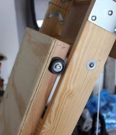 Improve your attic storage with this DIY lift system! Improve your attic storag.Improve your attic storage with this DIY lift system! Improve your attic storage with this DIY lift system! Attic Lift, Garage Attic, Diy Garage, Garage Ideas, Attic Storage, Garage Storage, Storage Spaces, Kitchen Storage, Home Design