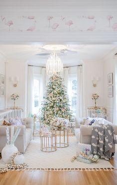 Cozy Christmas Living Room Decor To Celebrate Christmas With Family