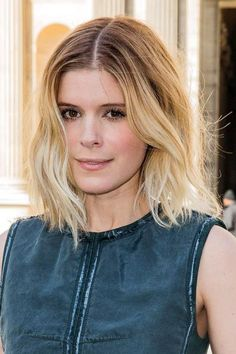 Actress Kate Mara's hairstyle is perfect for women with fine hair: textured, one length, and beautifully colored. #finehair #hairtips