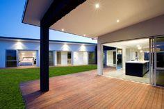 spacious indoor/outdoor living