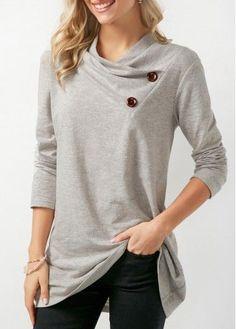 15 Ideas Sweatshirt Refashion Cowl Neck For 2019 Sweatshirt Refashion, Grey Sweatshirt, Trendy Tops, Casual Fall, Women's Casual, Casual Wear, Shirt Style, T Shirts For Women, Sweatshirts