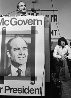 George McGovern, with Warren Beatty, before the 1972 California primary.