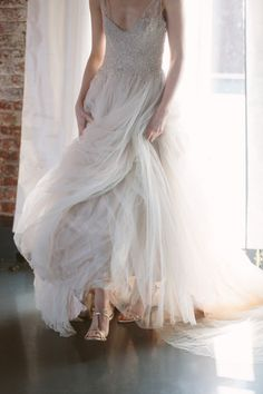 A sleeping beauty inspired wedding shoot: http://www.stylemepretty.com/2014/05/30/a-sleeping-beauty-inspired-wedding-shoot/   Photography: http://allanzepeda.com/blog/