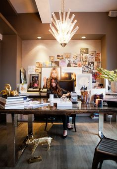 Jennifer Fisher at her desk… (photo: Rima Campbell for Matchbook Jan. '13) Love her office, & her style.