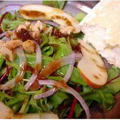 Ensalada de Manzana y Nuez con Vinagreta de Fruta @ allrecipes.com.mx