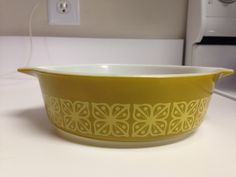 Pyrex Square Flowers 471 Casserole by thetrendykitchen on Etsy