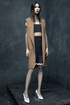 f881ef2d6cc The Alexander Wang Pre-Fall 2015 collection had a set agenda with boxy