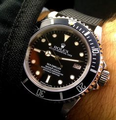 Rolex Sea-Dweller Ref 16600, 1220M Water Resistant With Helium Escape Valve - omegaforums.net