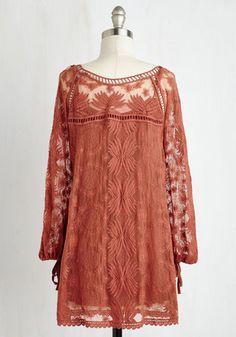 Cottage Couture Tunic | Mod Retro Vintage Short Sleeve Shirts | ModCloth.com