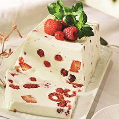 Rezept von Rose Marie Donhauser: Beeren-Terrine mit Joghurt