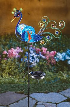 "Love this website for lawn ""art"" products>>Solar Lighted Peacock Decorative Metal Garden Stake"