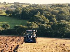 Demo New Holland T6.140 in action in the Purbecks - C & O Tractors Ltd