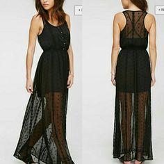 Black Maxi Dress Lovely black maxi dress with elastic waist. Slip included. NWOT  Get 20% off when bundled!!! Forever 21 Dresses Maxi