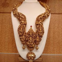 Gold Antique Nakshi Long Necklace from NAJ ~ South India Jewels Gold Earrings Designs, Gold Jewellery Design, Necklace Designs, Gold Jewelry, Gold Necklace, Antique Jewellery, Diamond Jewelry, Wedding Necklace Set, International Jewelry