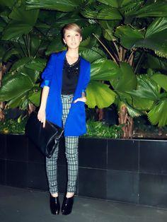 Blue blazer + printed pants