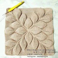 Crochet Leaves, Crochet Motifs, Crochet Diagram, Crochet Stitches, Crochet Handbags, Crochet Purses, Crochet Pillow, Diy Crochet, Crochet Jumper