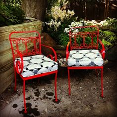 Summertime with Chairloom! A set of up-cycled wrought iron chairs freshly painted in Apple Red with custom cushions in Mokum's spectacular indoor/outdoor textile, Mosaic in Onyx.