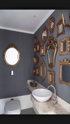 Lavabo com espelhos