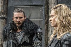 Clarke e Roan trabalham juntos em The 100 - http://popseries.com.br/2017/03/05/the-100-4-temporada-we-will-rise/