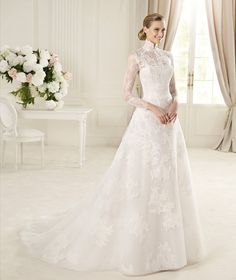 Vintage Choker Neck A line Wedding Dress Long Sleeves Lace Bridal Gown