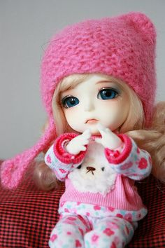 Little Dolls ◉◡◉ Beautiful Barbie Dolls, Pretty Dolls, Cute Small Girl, Colourful Wallpaper Iphone, Cute Kids Pics, Barbie Images, Cute Baby Wallpaper, Cute Baby Dolls, Baby Pigs