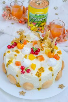 Tort diplomat cu fructe tropicale - Din secretele bucătăriei chinezești Hummus, Cereal, Tropical, Sweets, Breakfast, Ethnic Recipes, Food, Homemade Hummus, Sweet Pastries