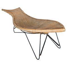 Mid Century American Wicker Chaise Lounge