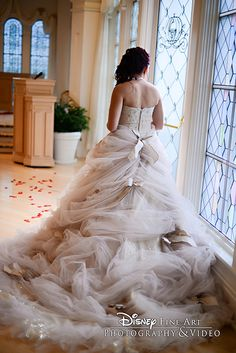 How stunning is this Disney bride's wedding dress? Certainly made for a princess! Disney Wedding Dresses, Wedding Gowns, Disney Weddings, Bridal Gowns, Fantasy Wedding, Dream Wedding, Wedding Tips, Disney Engagement, Wedding Dance Songs