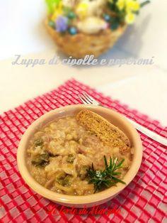 Zuppa di cipolle di tropea e peperoni, semplice, ed economica. Un piatto rustico ma gustoso