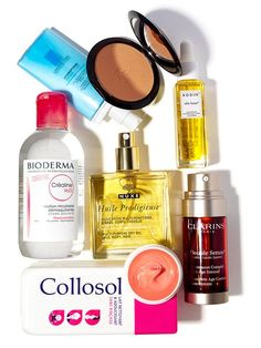 The 7 Products Every French Girl Has in Her Medicine Cabinet Inside every medicine cabinet in France, you'll find a mix of high- and low-end products. Here, we ask some of the top French stylists and makeup artists what their staples are. Maybelline, Mascara, French Pharmacy, French Beauty Secrets, French Skincare, Korean Skincare, Concealer, French Girls, Makeup Storage