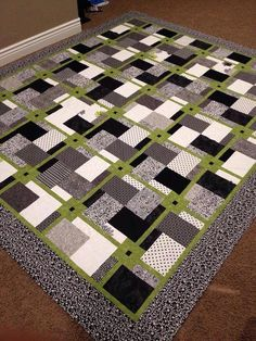 """The pattern for this one is called """"Sew Easy"""" from a Turning Twenty pattern by Tricia Cribbs. The fabrics are just various fat quarters and yardage I've collected. Half Square Triangle Quilts, Square Quilt, Quilt Block Patterns, Quilt Blocks, Black And White Quilts, Black Quilt, Black White, Quilt Modernen, Man Quilt"""