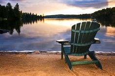 Discover a breathtaking natural retreat on the southern side of Manitoba's Lake of the Woods. The elegant Buffalo Point Resort is an unbeatable year-round destination in the most ideal location you can imagine. Overlooking Big Traverse Bay, Muskeg Bay and Buffalo Bay, this is a place that will clear your mind, help you relax, and rejuvenate your body and soul as you unwind and have fun all at your own pace.