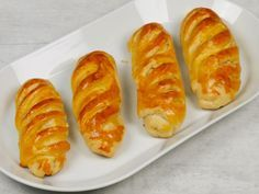 Hot Dog Buns, Hot Dogs, Pie Recipes, Food And Drink, Bread, Snacks, Baking, Breakfast, Ethnic Recipes