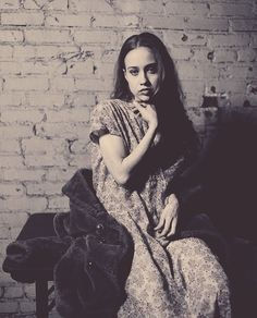 vintage Fiona Apple. Fiona represents for all of us deep, existential, lost in thought kind of girls.