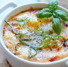 Ne hagyd, hogy a kenyér egész délelőtt hintáztassa a vércukorszintedet! Válassz helyette szénhidrátban szegény, egészséges reggelit!