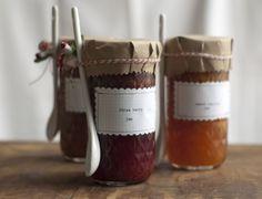 homemade jam, jelly or chutney Jam Jar Wedding, Jam Wedding Favors, Jam Favors, Diy Wedding, Trendy Wedding, Fall Wedding, Jam Jar Labels, Jam Label, Jam Packaging