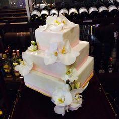 รับทำเค้กทุกรูปแบบค่ะ ทั้งเค้กวันเกิด เค้กแต่งงาน หรือคัพเค้กน่ารักๆ สนใจมาดูแบบที่ร้านหรือสามารถนำรูปมาให้เราได้เลยค่ะ  สนใจติดต่อ 0816012523 จุ๊บจุ๊บคัพเค้ก เซนทรัลเฟสติวัล ชั้น1 ตรงข้ามสเวนเซ่นนะคะ #Birthdaycake  #joobjoobcupcakes