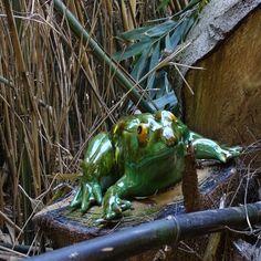 Iets heel anders: figuur voor in de tuin. UV en vorstbestendig. Animals, Animales, Animaux, Animal, Animais