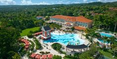 There are 7 fun filled Sandals hotels in Jamaica. This the Sandals Grande Ocho Rios Beach and Villa Golf Resort. .  If you are a returning Sandals guest, then chances are you only have six or five resorts to choose from but the person going for the first time will need some assistance. There are properties in Ocho Rios, Montego Bay, Negril and Westmoreland. All Sandals hotels are the best with each offering a few unique features.
