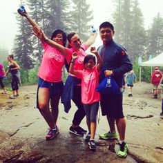 Solefamily!!! @Grouse Mountain @ww_oneclimb #soleawesome #feedback