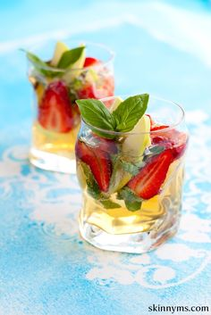 This Strawberry Basil Water is the BEST way to kick off your weekend! Super easy and delicious. #healthy #drinks #skinnyms