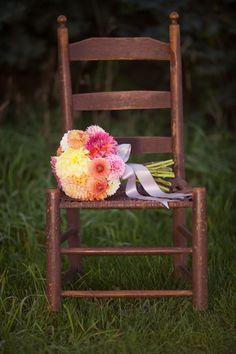 pretties on chairs .. X ღɱɧღ || DahliaBouquet