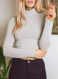 Simple Style Turtleneck Long Sleeve Solid Color Cropped Sweater For Women