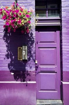 London, England door