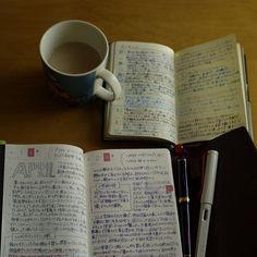 新年度スタート。 まずは週末の記録を一気書き。 #ほぼ日手帳#ほぼ日#能率手帳#手帳#手帳時間#手帳タイム#手帳の中身#文房具#万年筆#ラミー#3776センチュリー#写真好き#ライカm8#ライカ#muumimuki#coffeetime#hobonichi#hobonichitecho#planneraddict#planner#plannergirl#nolty#lamy#platinumpen#fpgeeks#stationery#leica#leicam8#voigtlander#nokton40mm