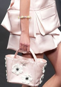 08bfc65abb31 Prada Spring 2013 Ready-to-Wear Detail My Bags, Fashion Bags, Runway