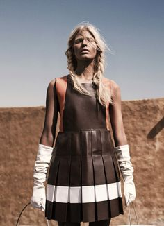 louise parker by laurie bartley for flair #17 may 2015 - fendi