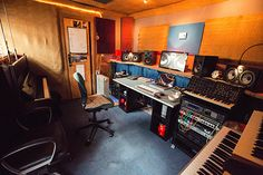 In the Studio: Jon Hopkins Audio Studio, Music Studio Room, Sound Studio, Loft Studio, Dream Studio, Studio Setup, Studio Ideas, Studio Desing, Music Bedroom