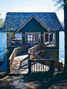 Blaues Haus / Blue House